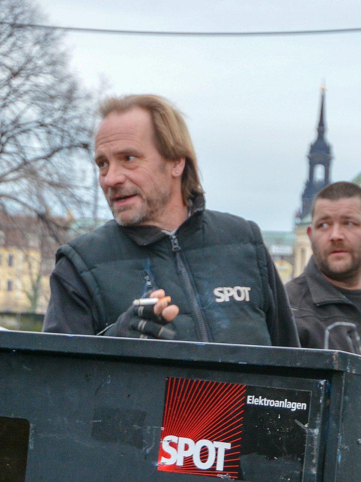 SPOT-Gründer Volker Wenzel beim Aufbau zum Semperopernball